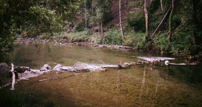 radier sur la riviere dobra en croatie