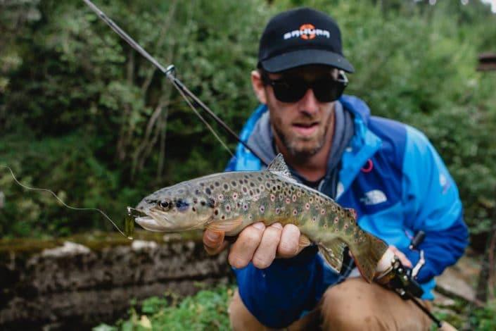 sakura-fishing-cuillere-ondulante-skoon-fat-40-gold-en-croatie