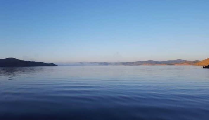 un-matin-sur-le-lac-dalcantara-en-espagne