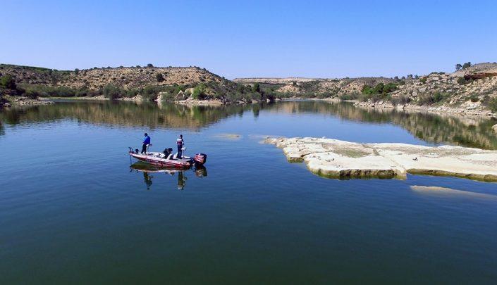 recherche-des-carnasiers-en-grand-lac-de-barrage-min