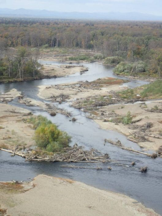 bikin ou riviere serpent vu depuis l helicoptere