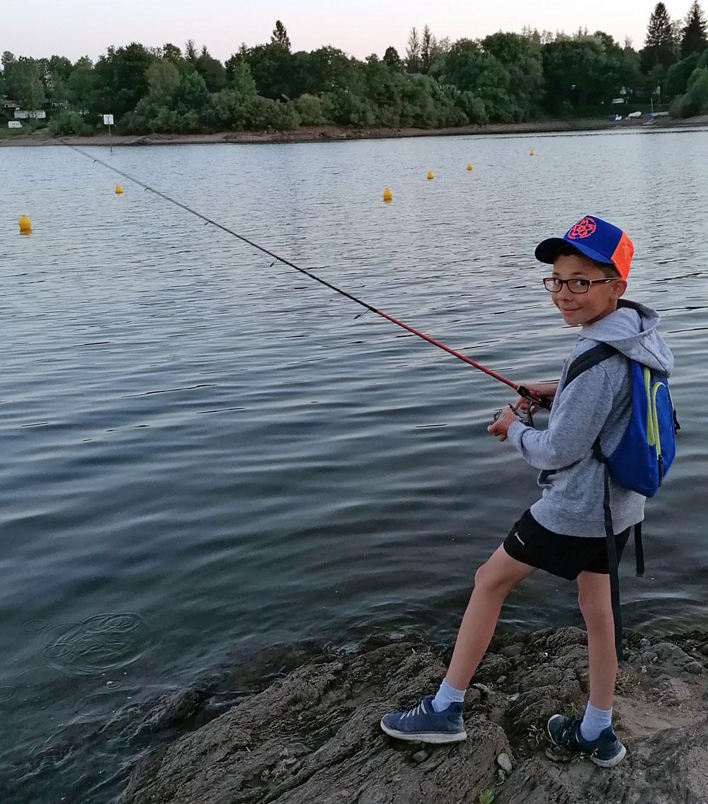 joris-garrigoux-sakura-fishing